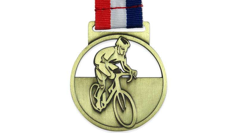 Standard cycling medal W202